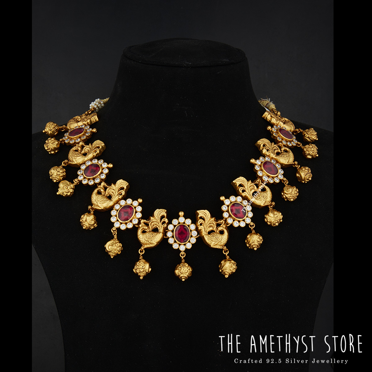 traditional-south-indian-bridal-jewellery-collections-online (2)