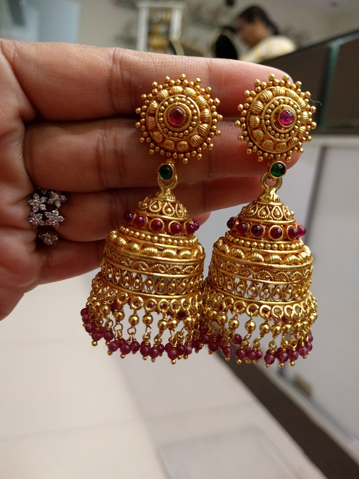 unique-jhumka-designs-2019 (3)