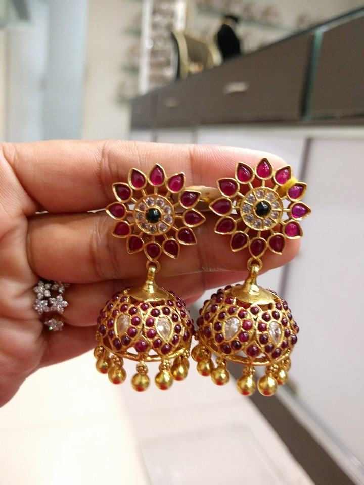 unique-jhumka-designs-2019 (4)