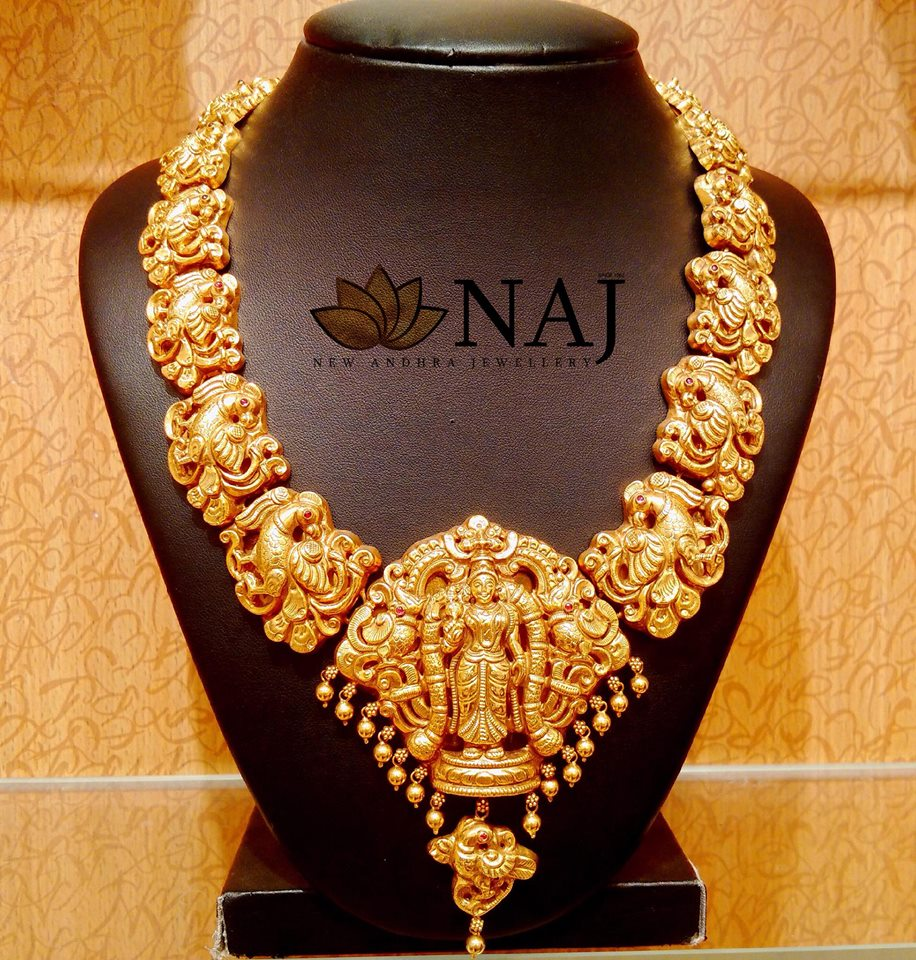 gold-antique-jewellery-designs-2019 (12)