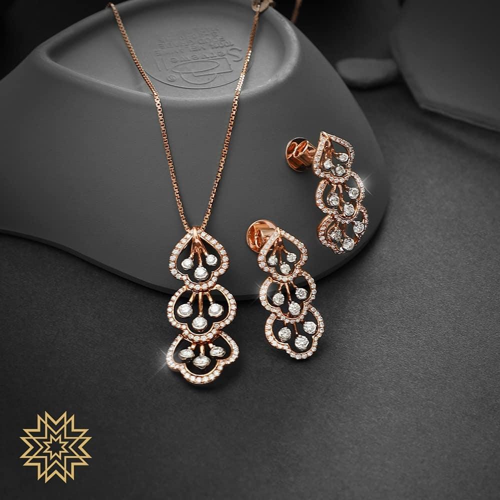 gold-diamond-pendant-sets-designs-2019 (11)