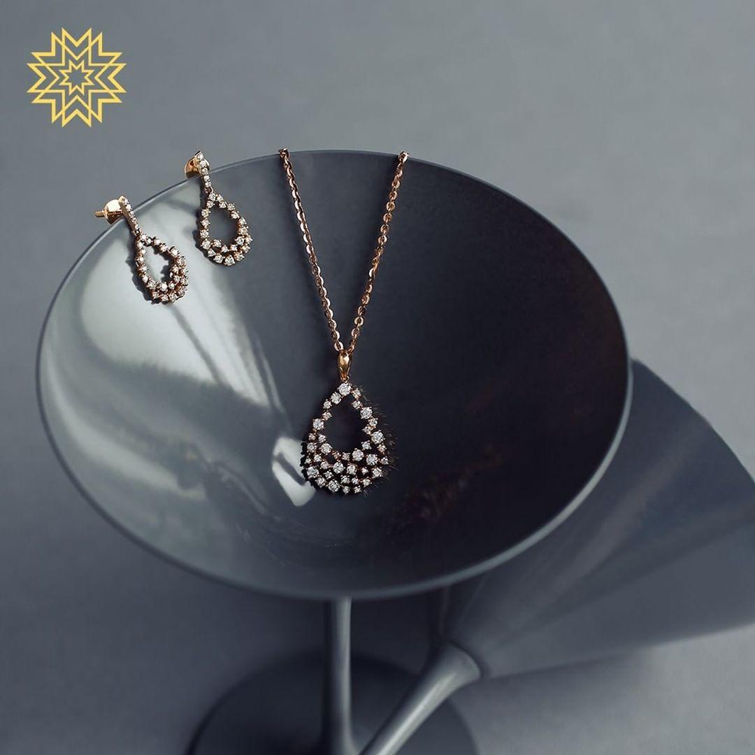 gold-diamond-pendant-sets-designs-2019 (2)
