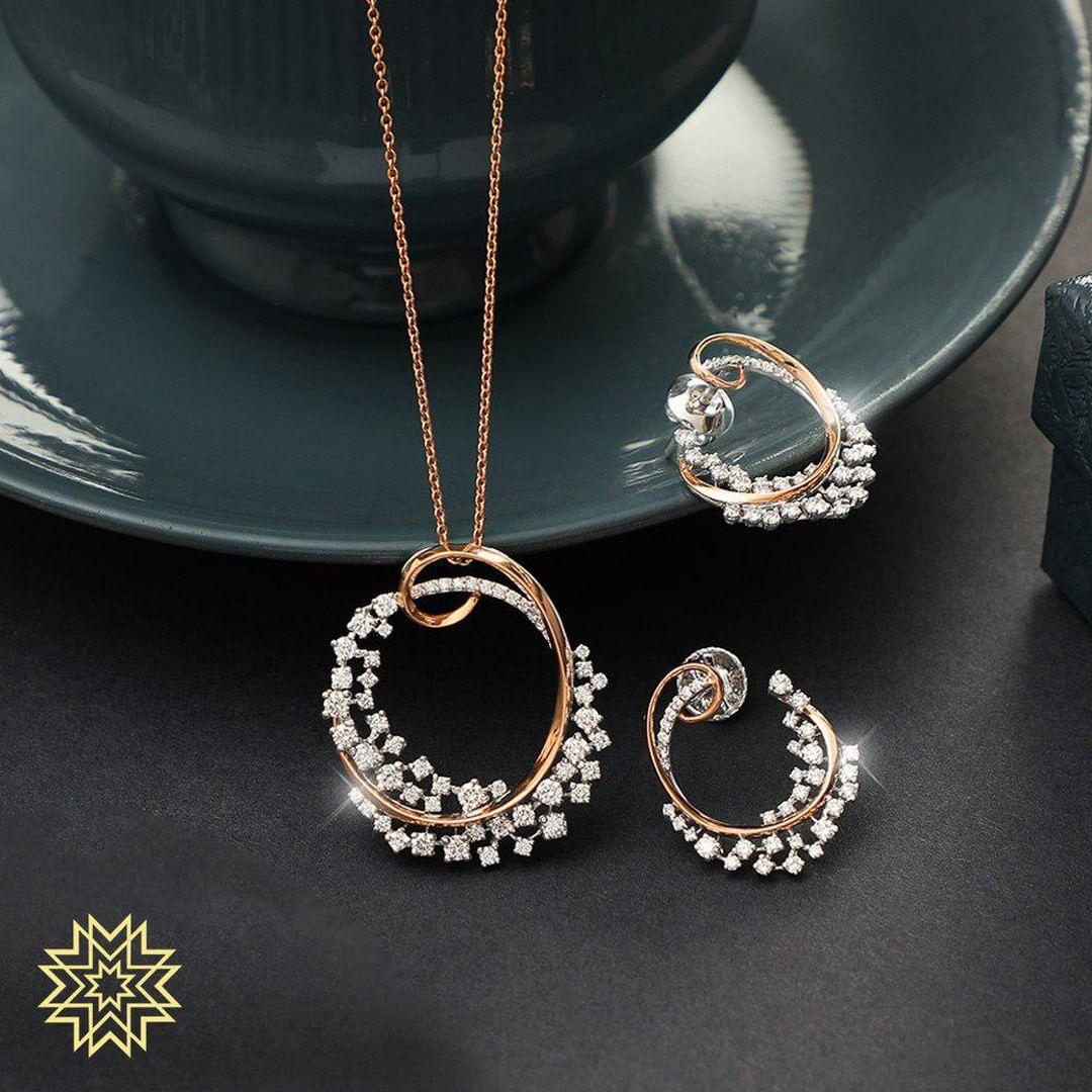 gold-diamond-pendant-sets-designs-2019 (9)