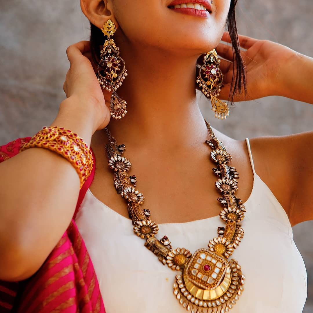 indian-designer-silver-jewellery-designs (7)