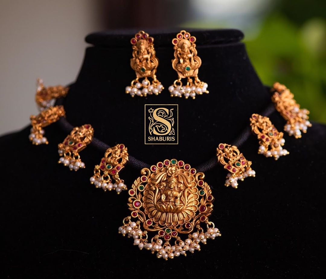 Statement-Antique-Jewellery(1)