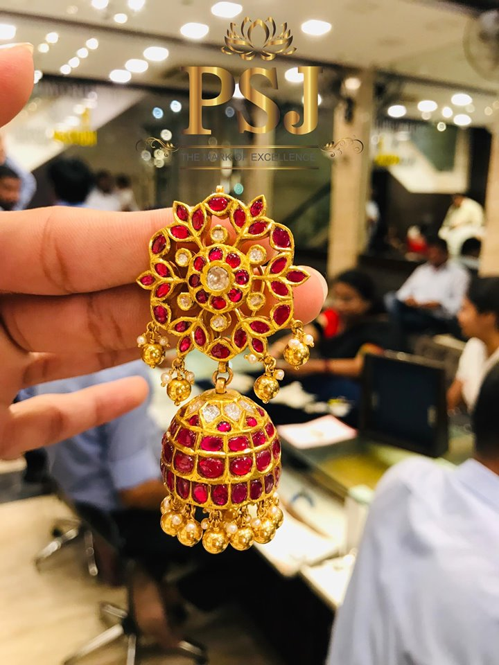 Traditional-Jhumka-Designs(14)