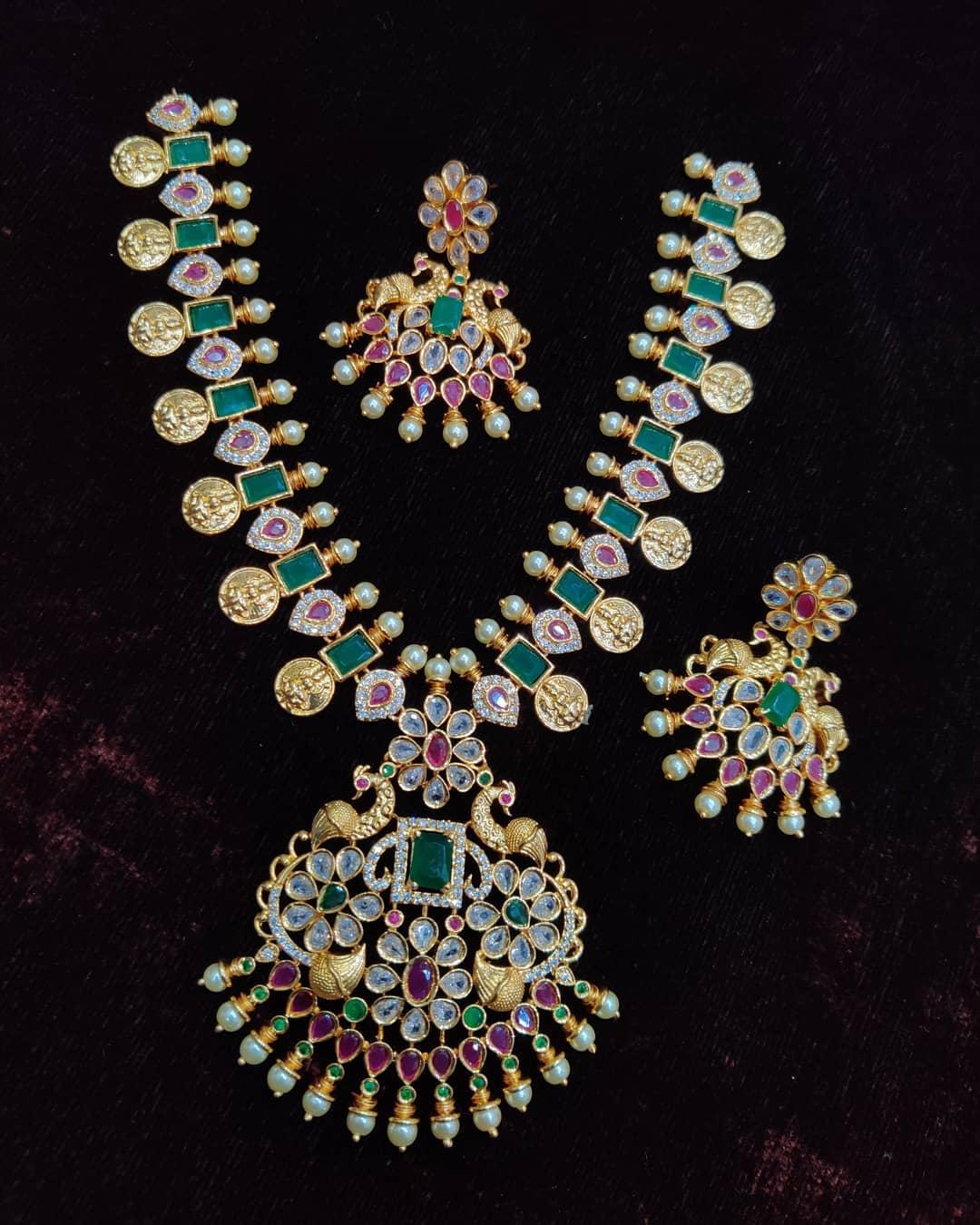 Ram-Parivar-Necklace-Designs(16)