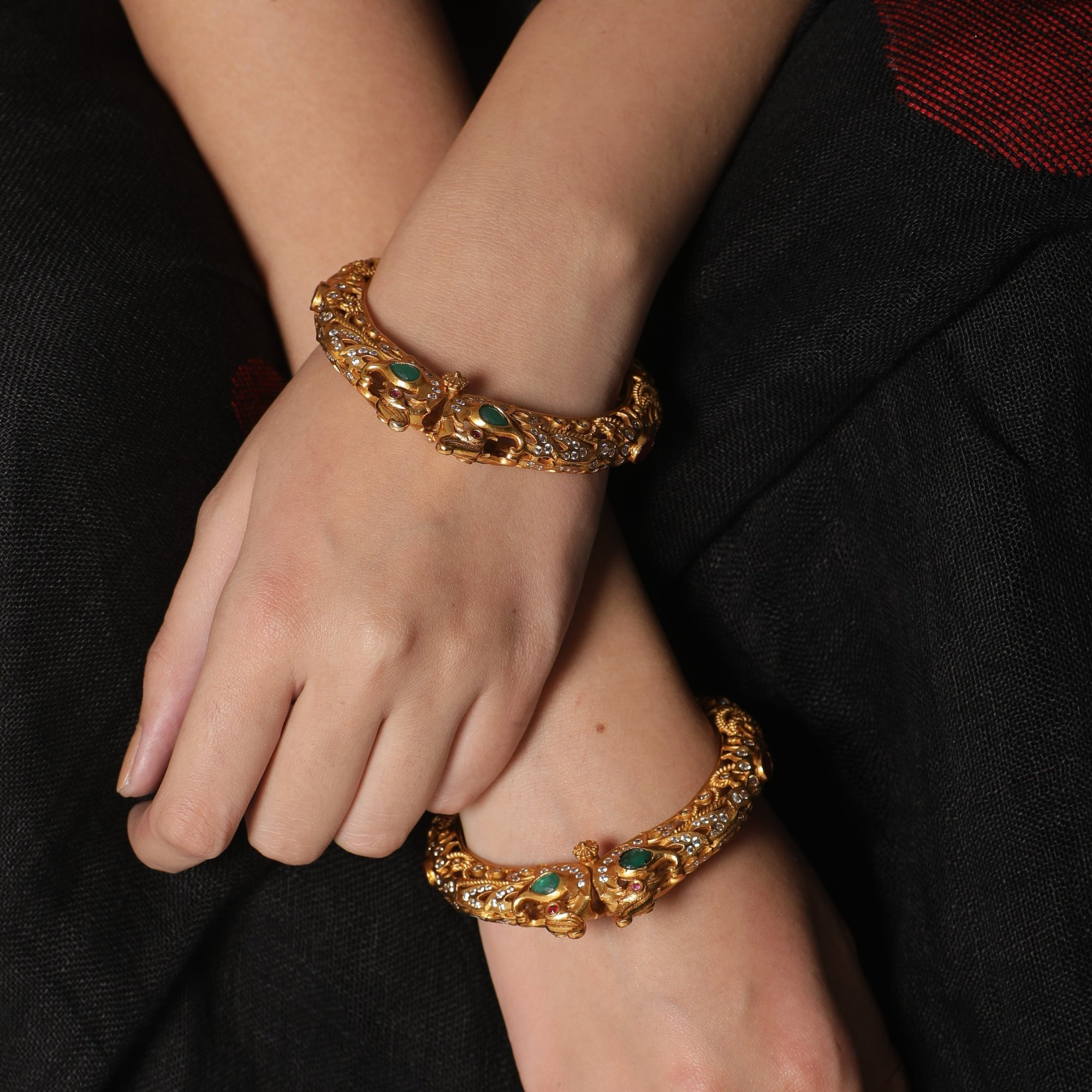 Traditional-South-Indian-Bangle-Designs(14)