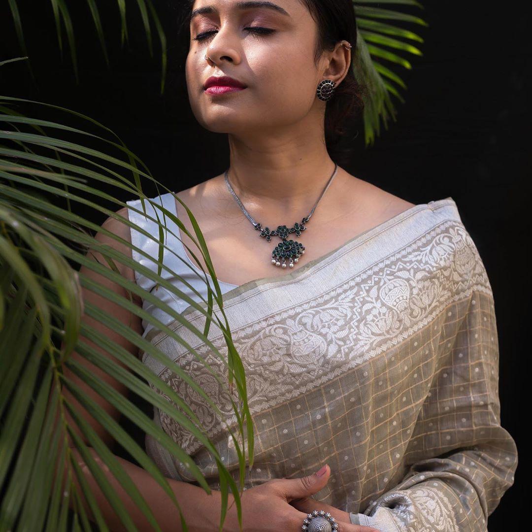 Latest-Pure-Silver-Jewellery-Designs(8)