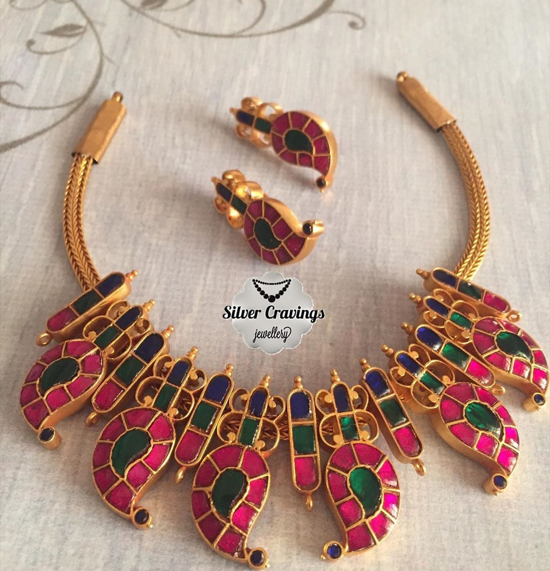 jewellery-for-traditional-outfits-15