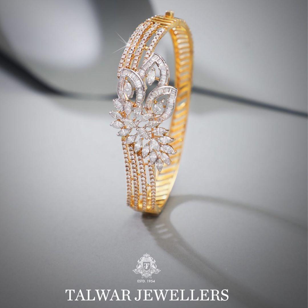 designer-diamond-bangles-11