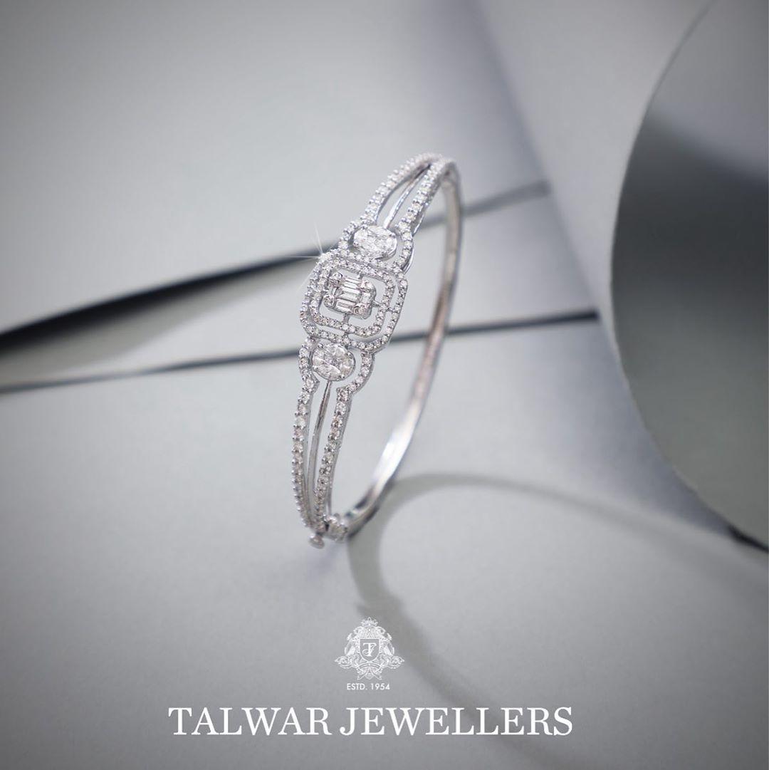designer-diamond-bangles-12
