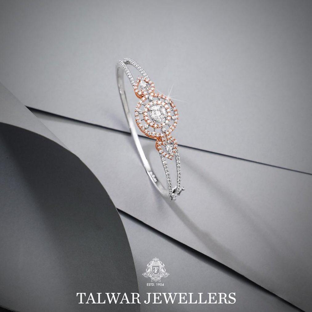 designer-diamond-bangles-14