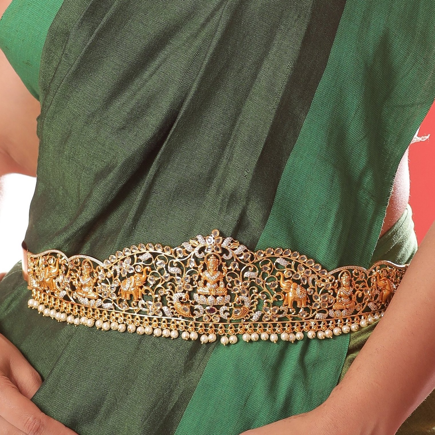 south-indian-bridal-vadanam-designs-11
