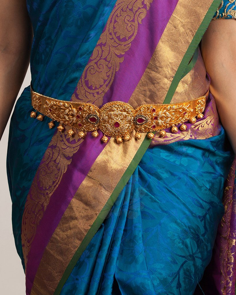 south-indian-bridal-vadanam-designs-9