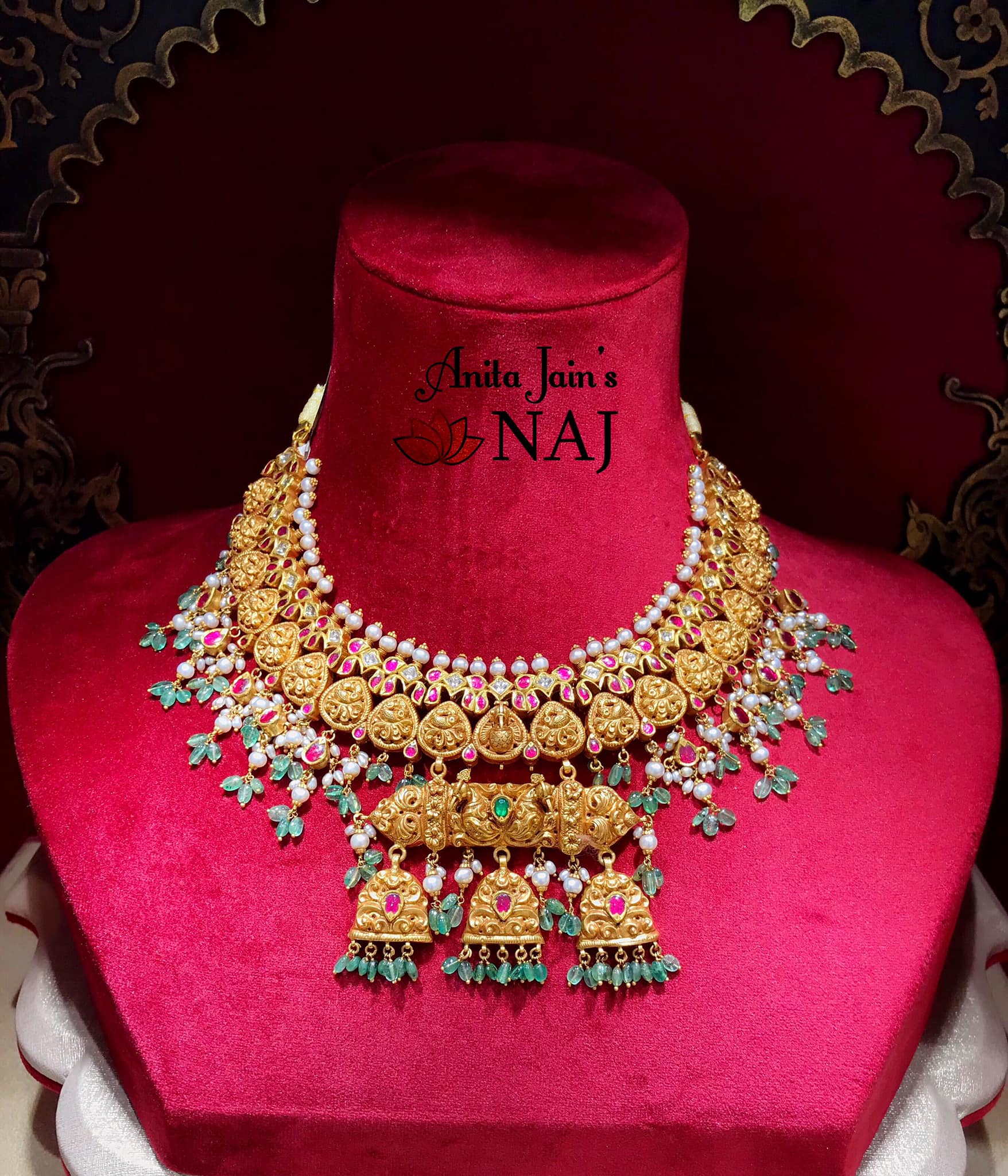 traditional-gold-necklace-designs-featured-image