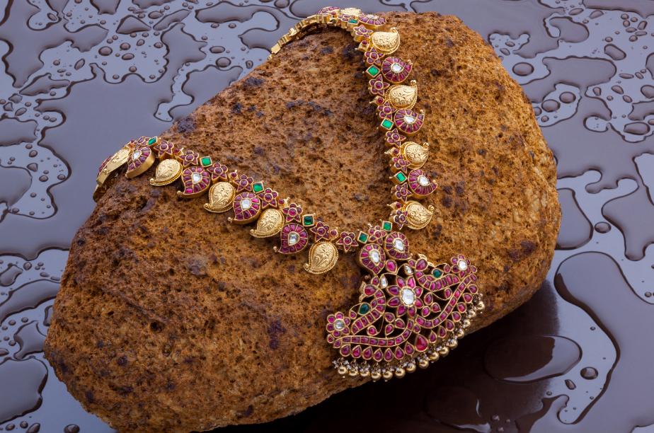 antique-southindian-necklace-designs-2