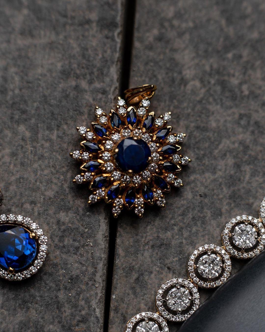 designer-gold-and-diamond-jewellery-8