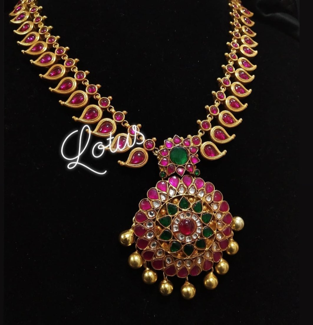 mango-necklace-designs-14