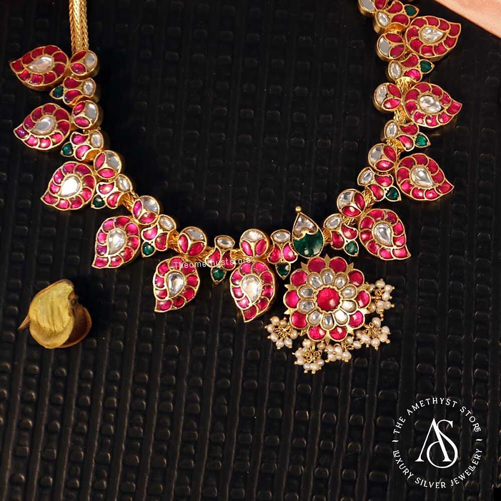 south-indian-antique-ruby-necklace-designs-10