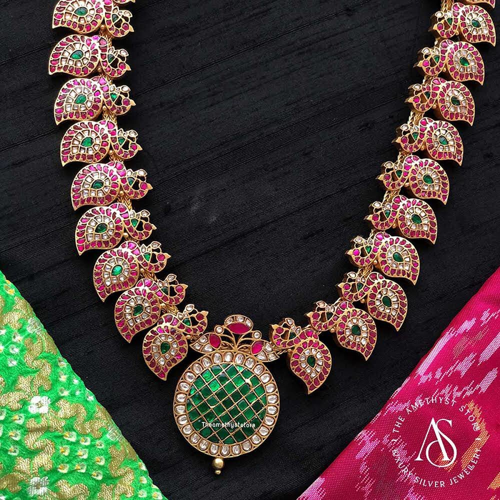 south-indian-antique-ruby-necklace-designs-12