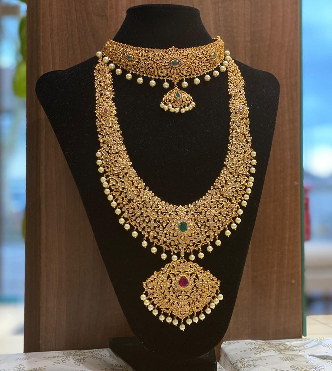 south-indian-bridal-jewellery-online-9