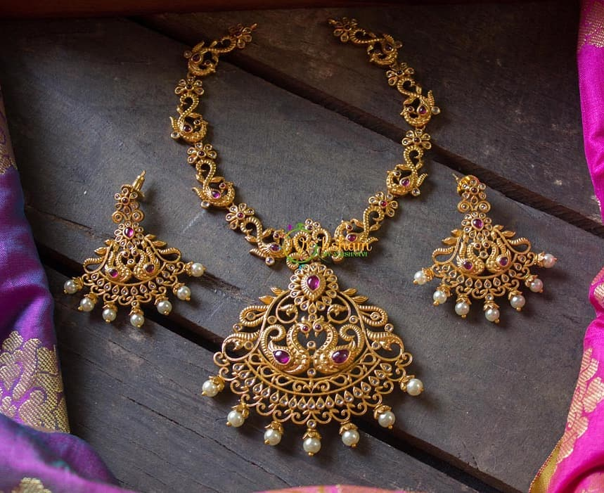 traditional-necklace-designs-2020-11
