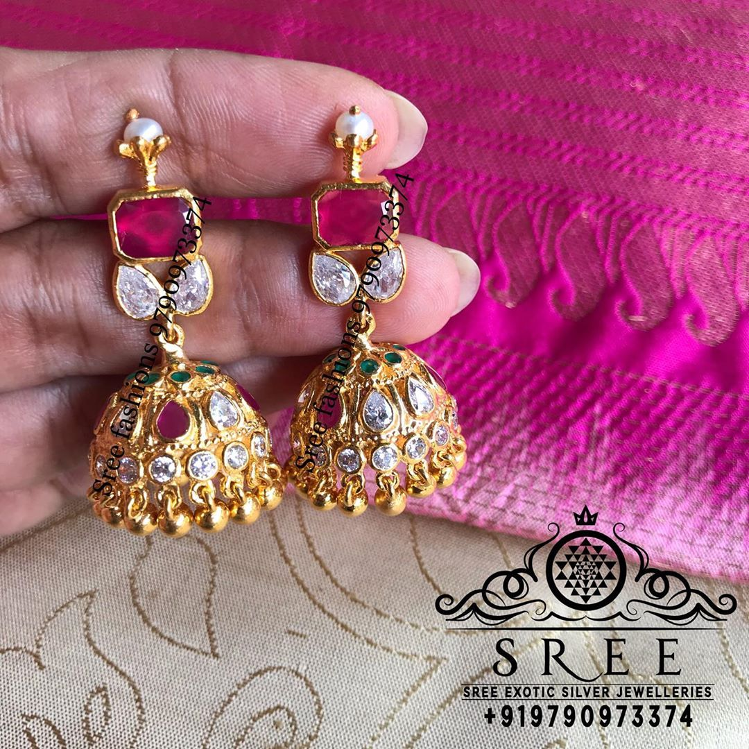 antique-jhumka-earrings-1