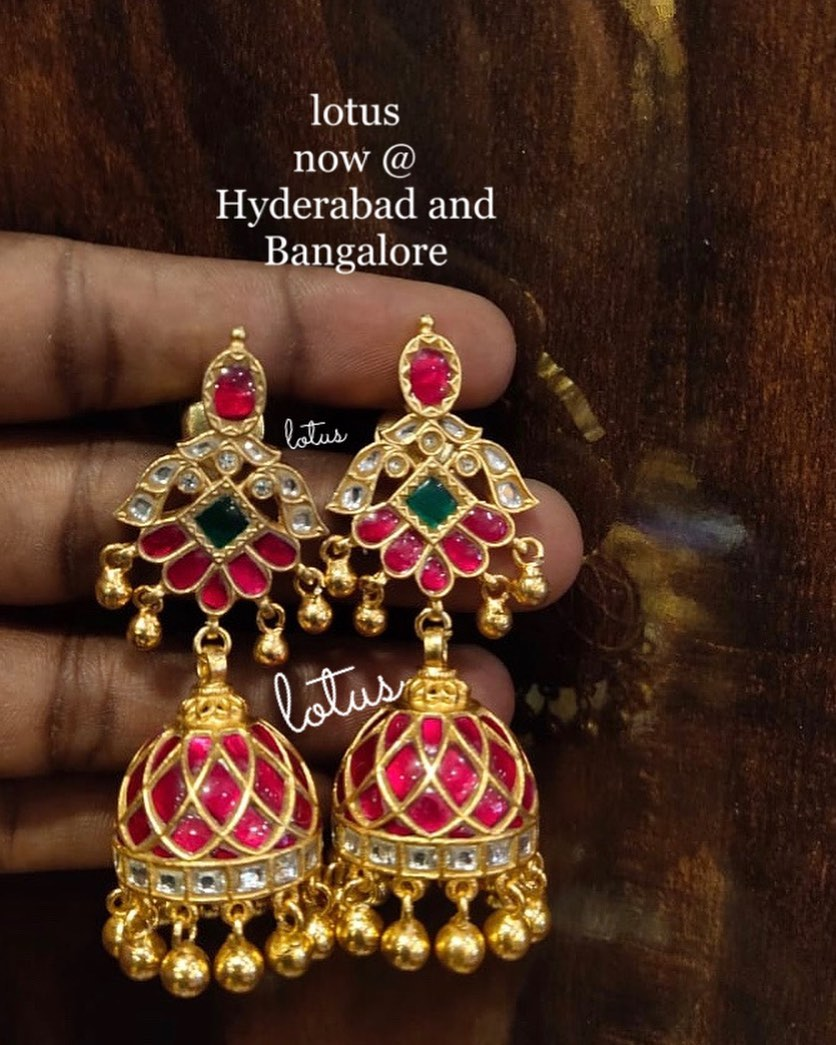 antique-jhumka-earrings-11