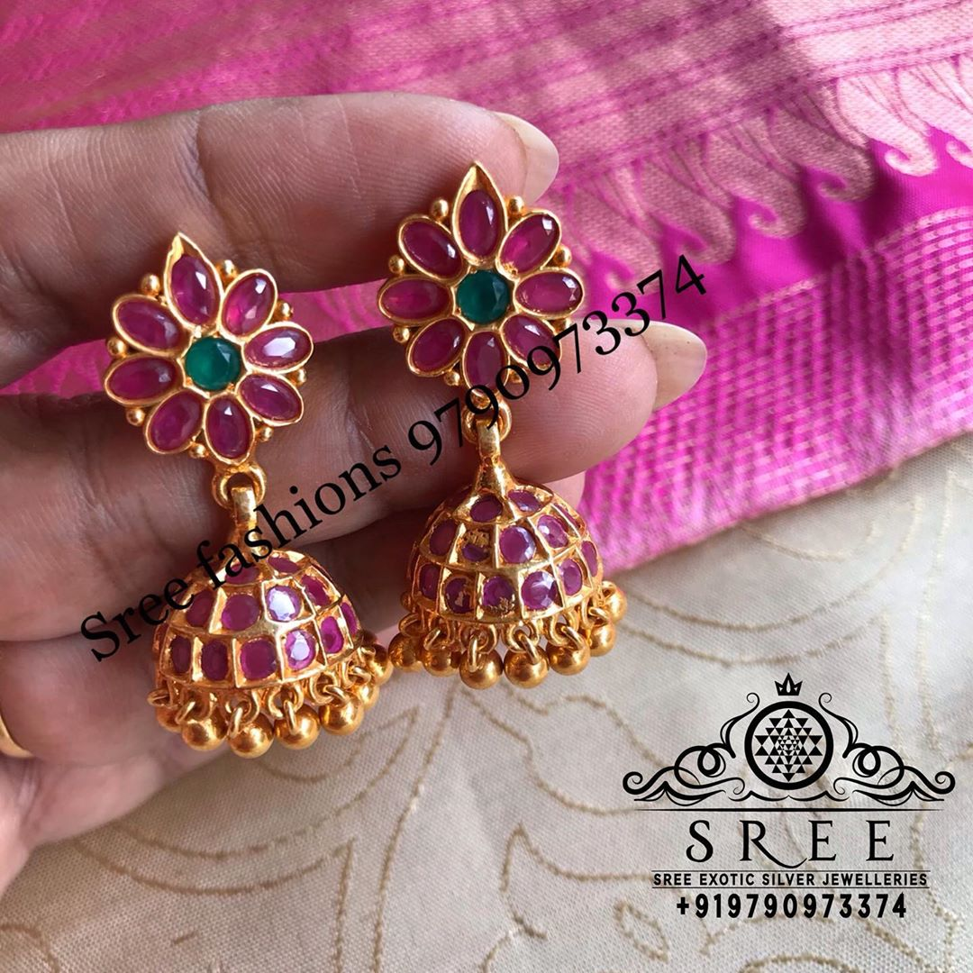 antique-jhumka-earrings-13