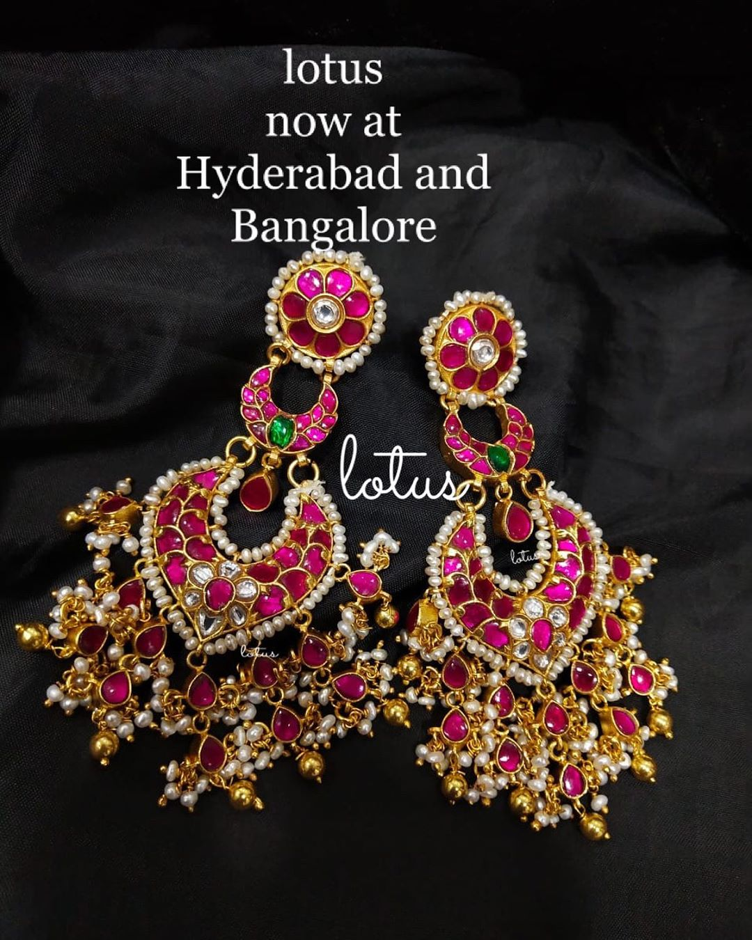antique-jhumka-earrings-14