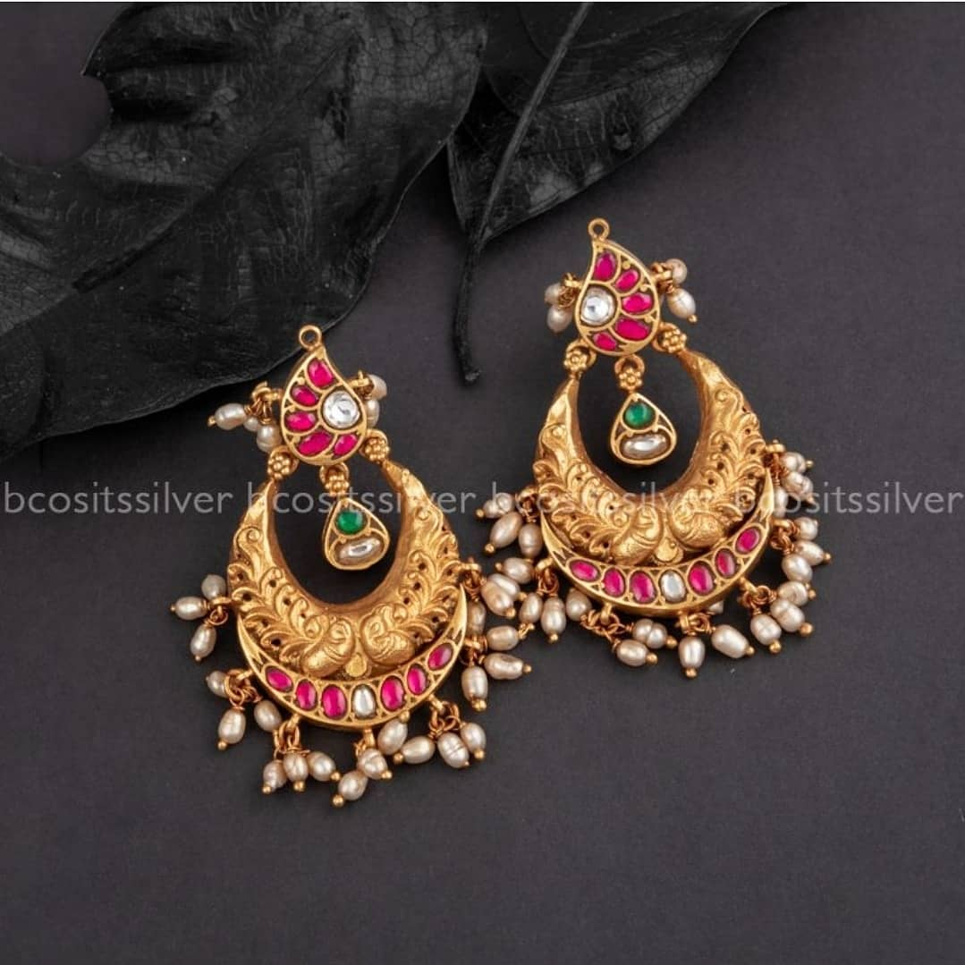 antique-jhumka-earrings-2