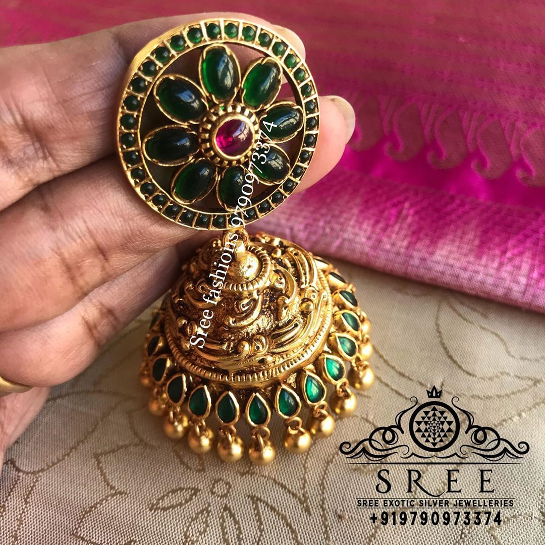 antique-jhumka-earrings-4
