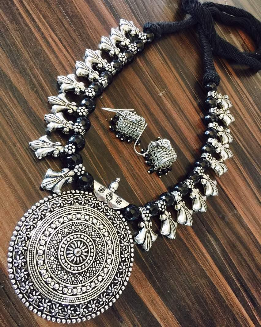 silver-necklace-designs-1