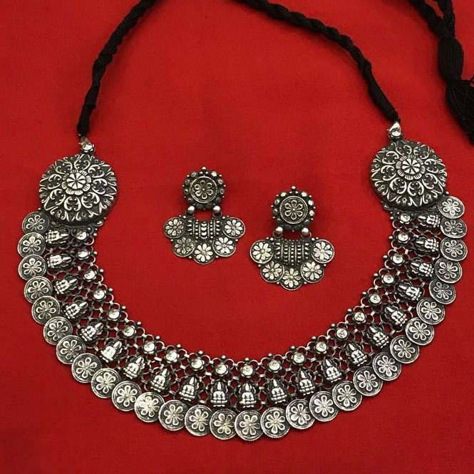 silver-necklace-designs-7