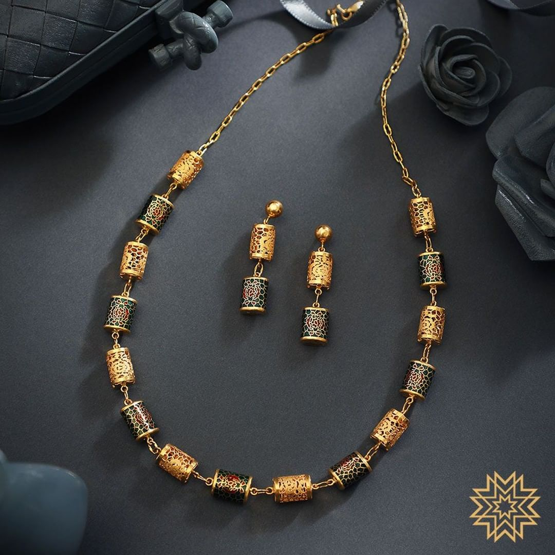 designer-necklace-design-16