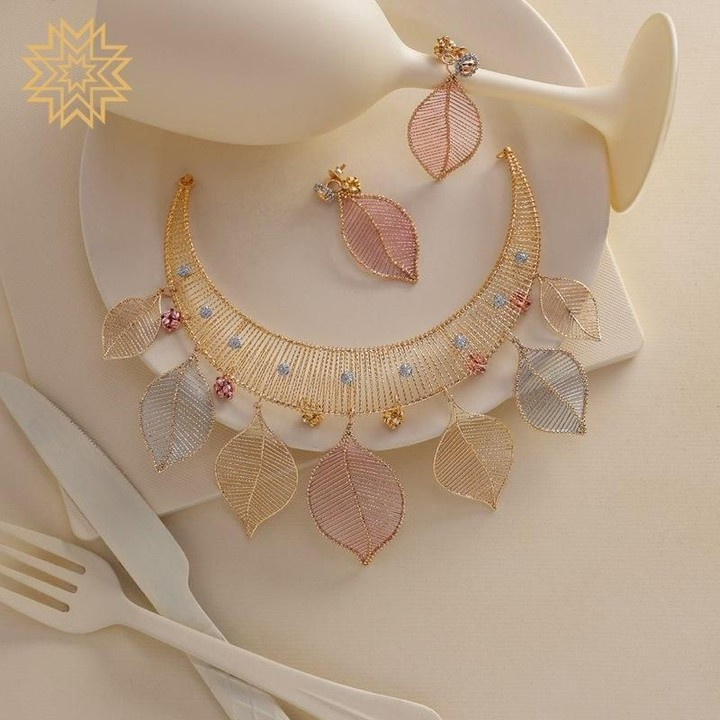 designer-necklace-design-9