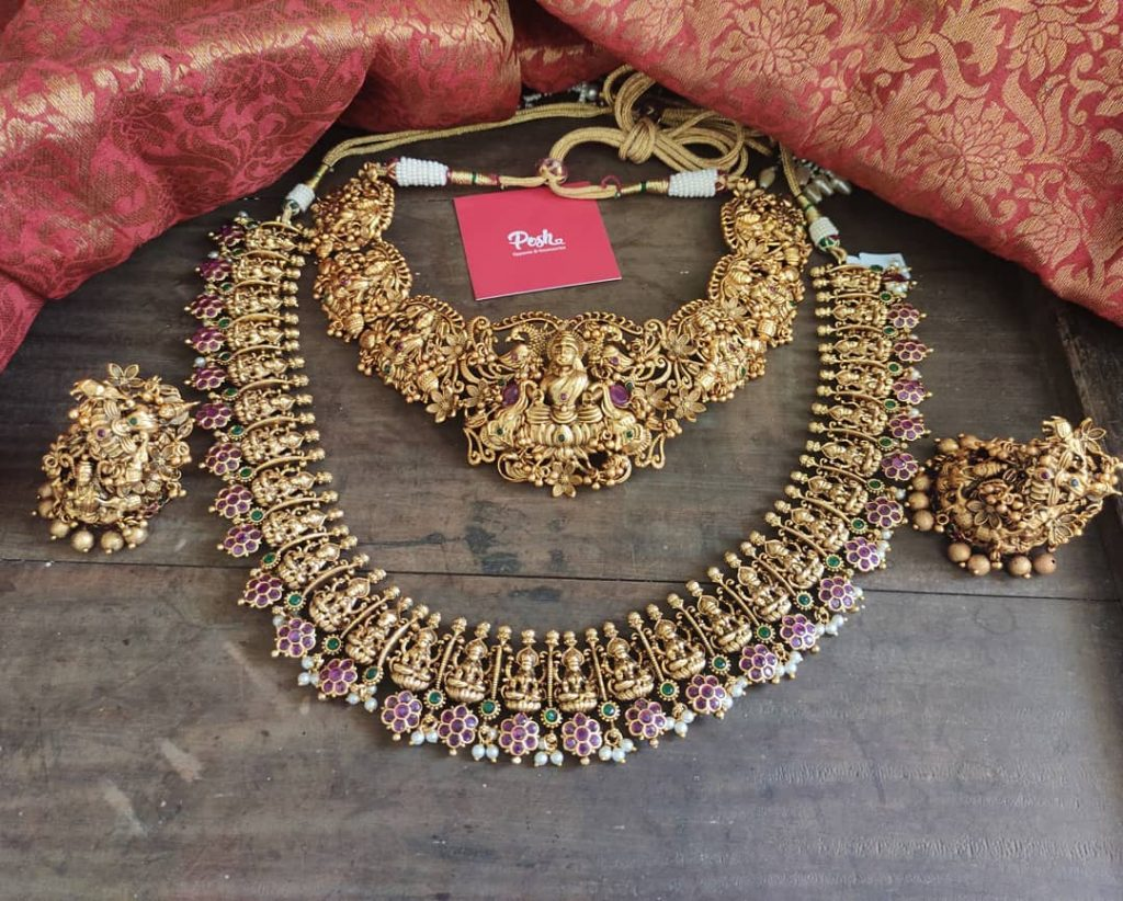 antique-southindian-necklace-designs-15
