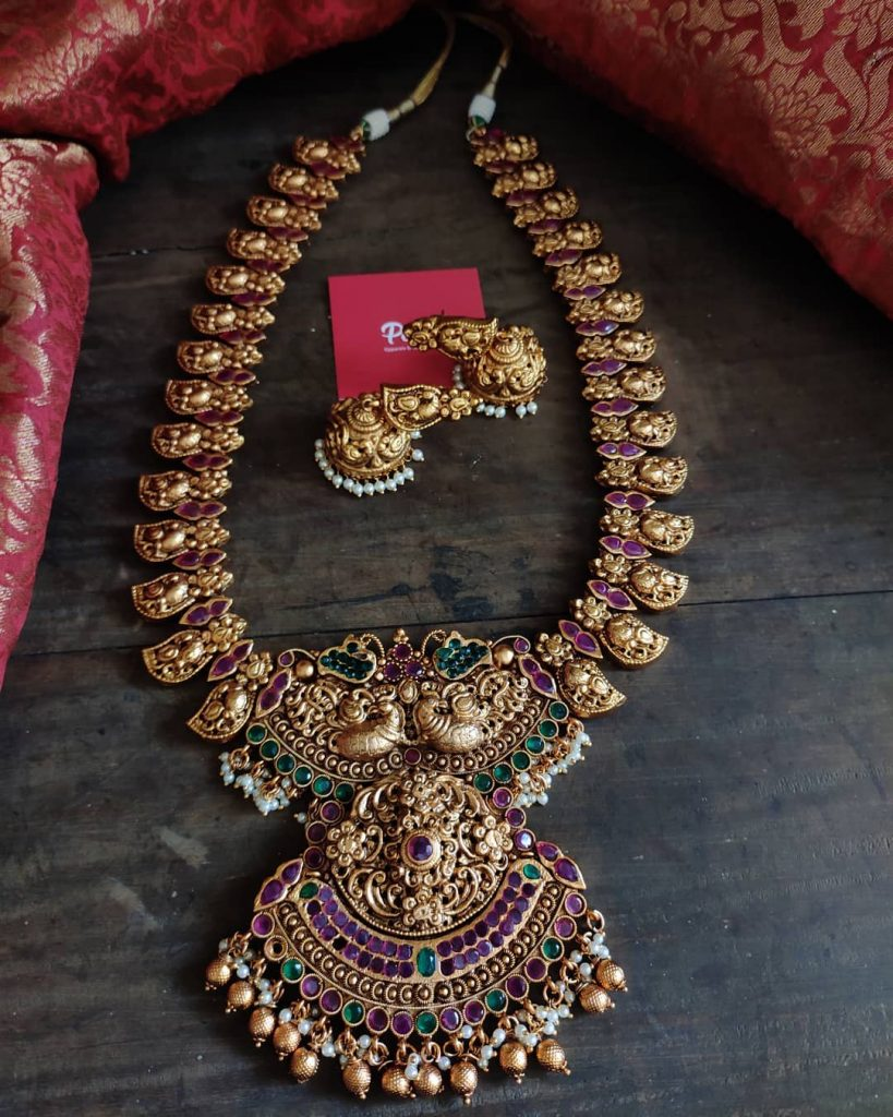 antique-southindian-necklace-designs-3
