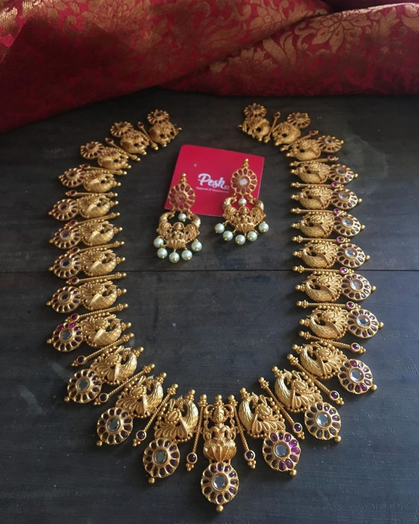 antique-southindian-necklace-designs
