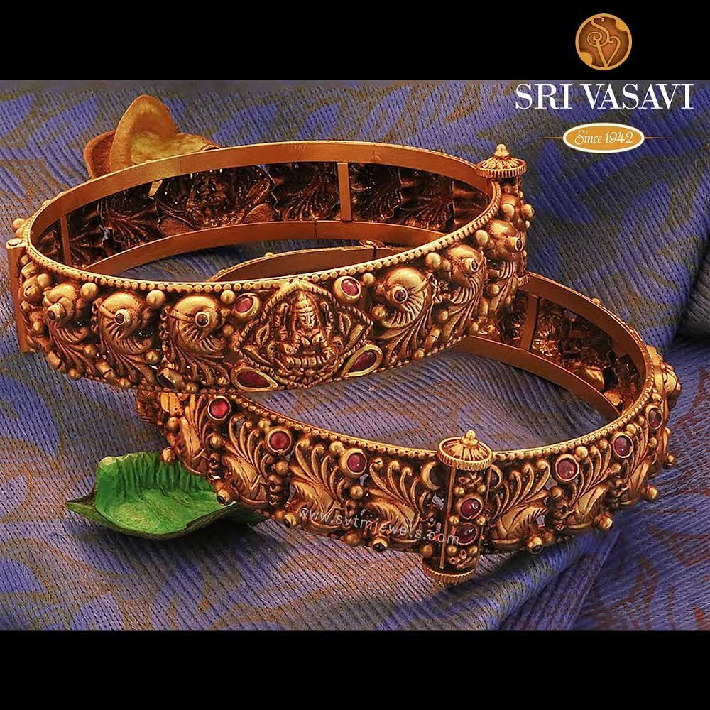 gold-antique-bangles-designs-5