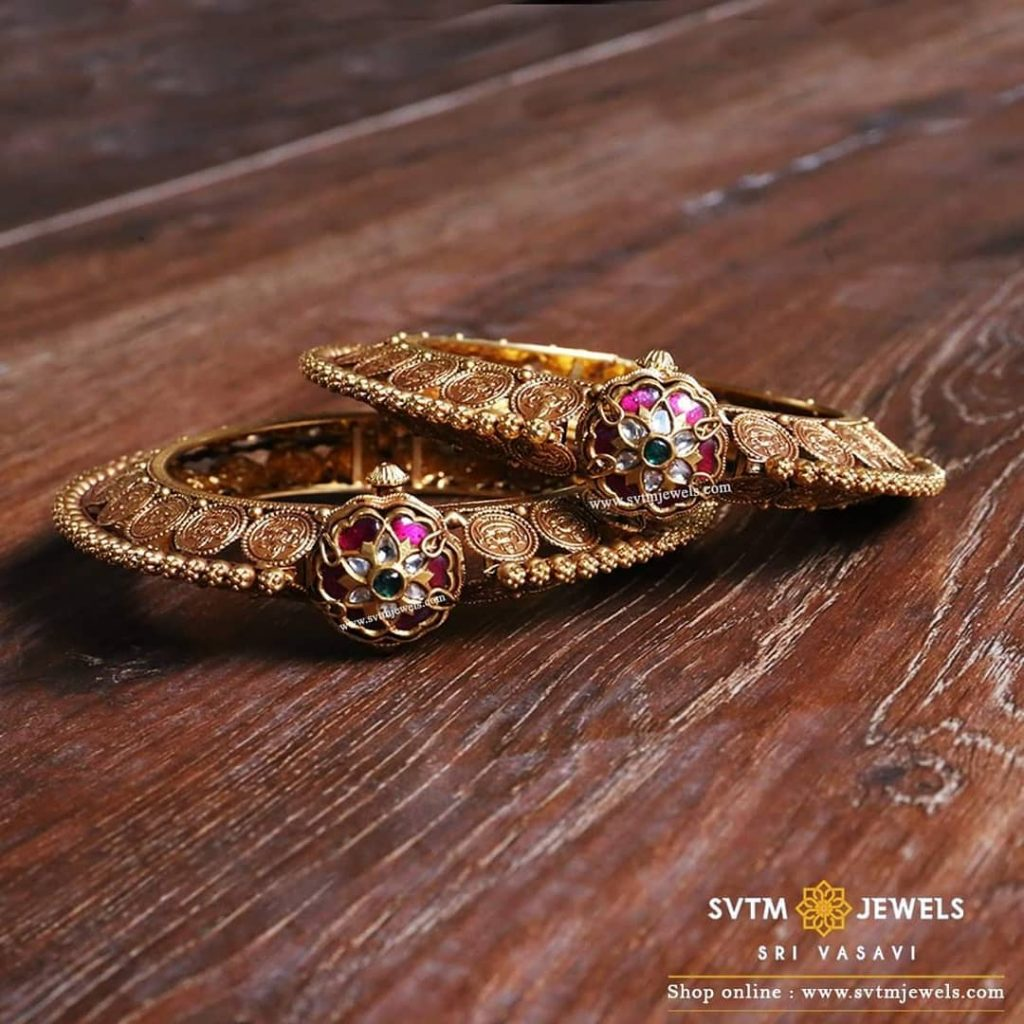gold-antique-bangles-designs-6