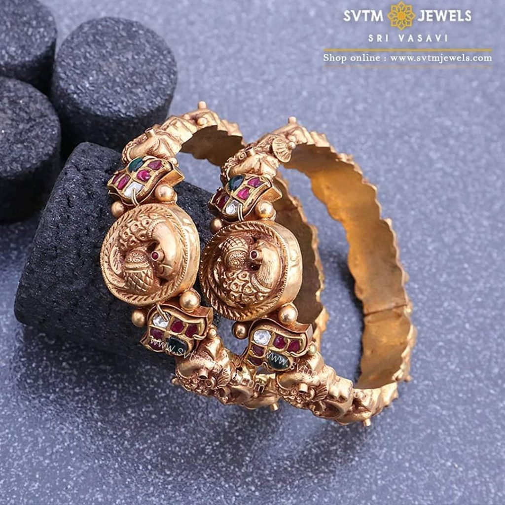 gold-antique-bangles-designs-8
