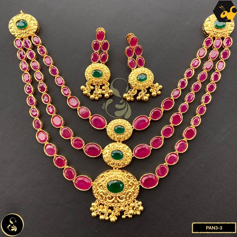 gold-plated-necklace-set-11