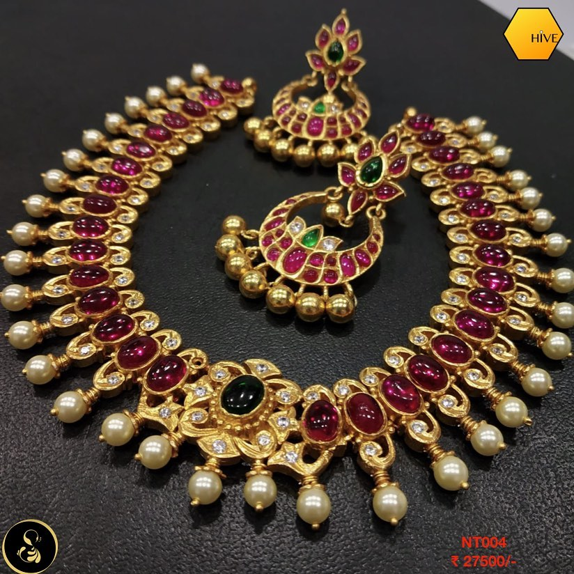 gold-plated-necklace-set-2