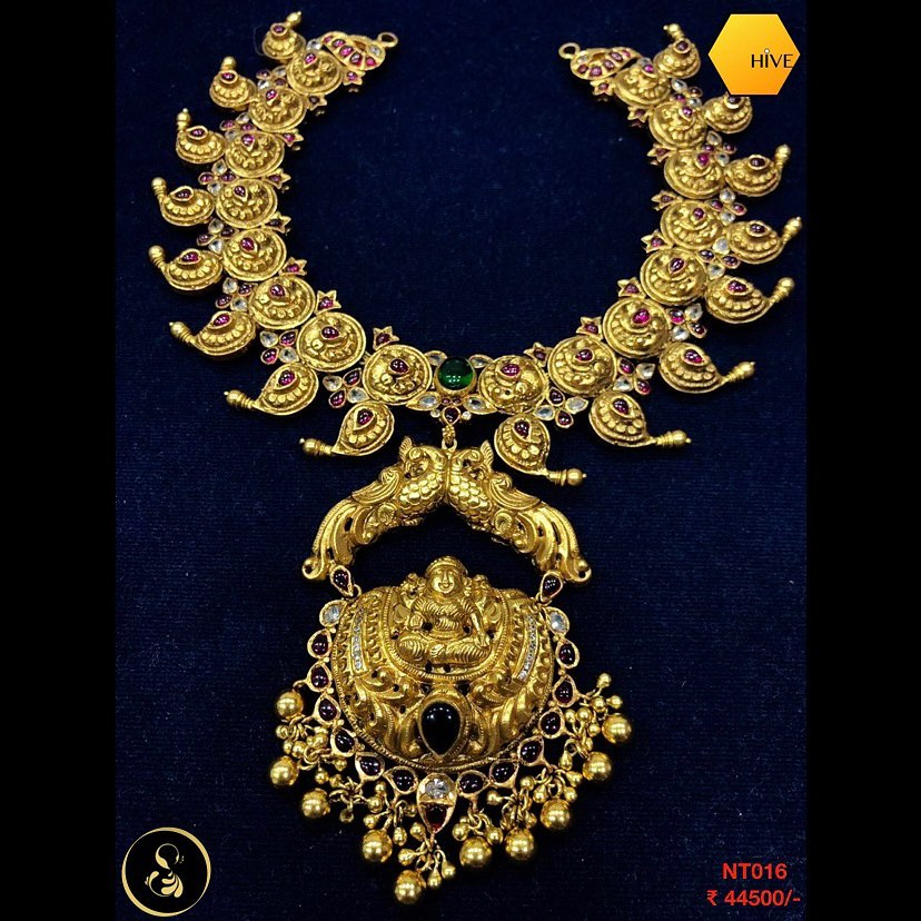 gold-plated-necklace-set-8