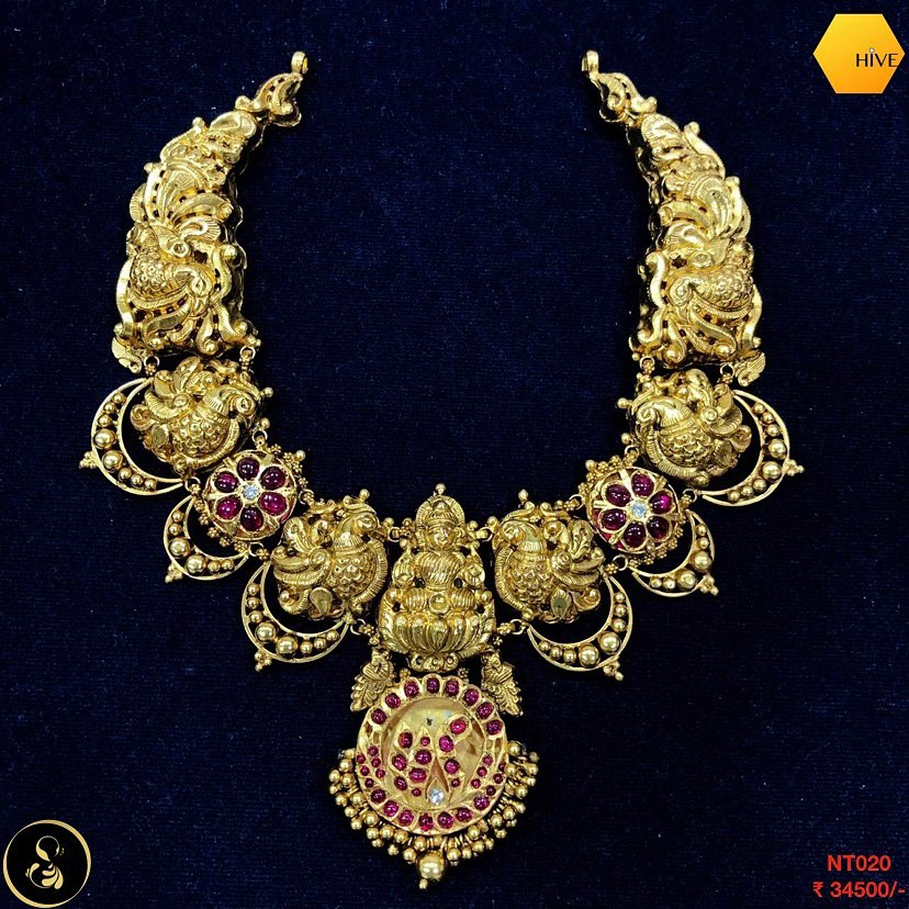 gold-plated-necklace-set-9