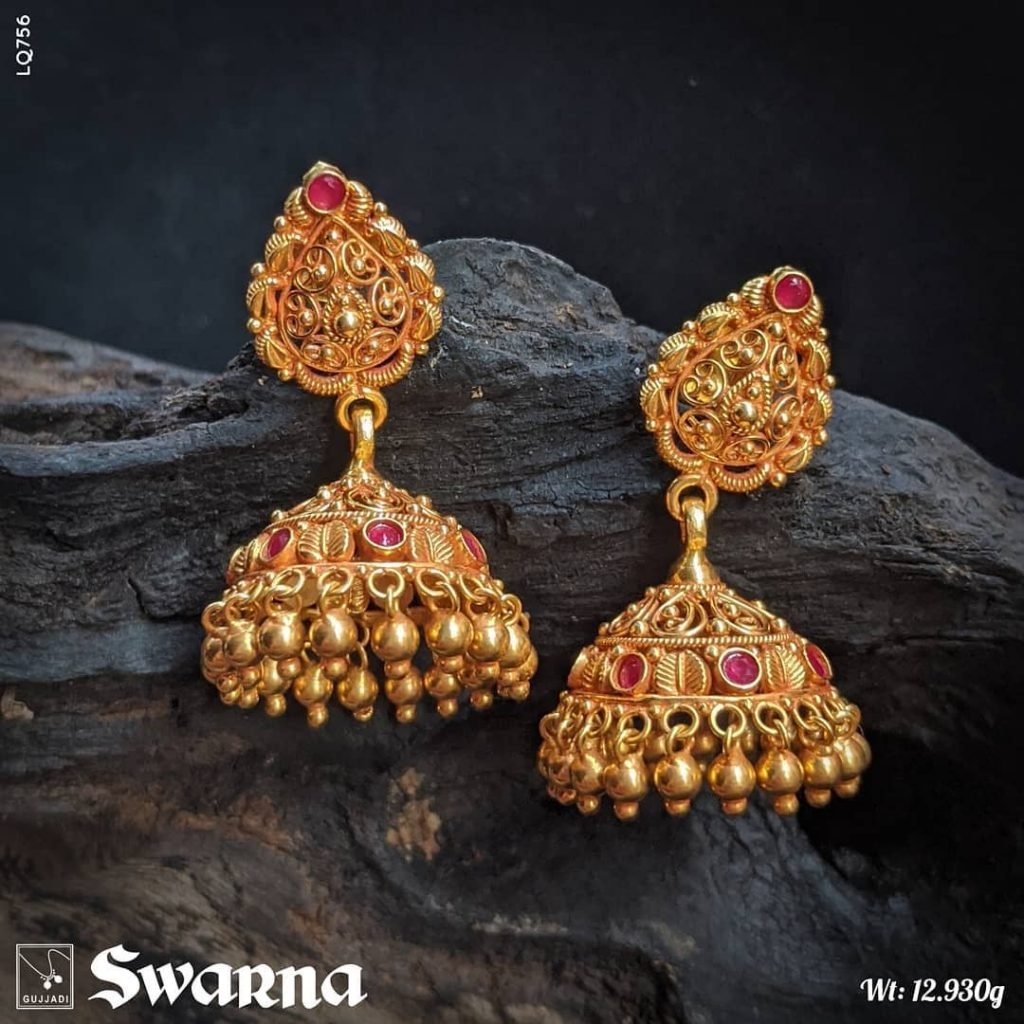 antique-gold-jhumka-designs-10