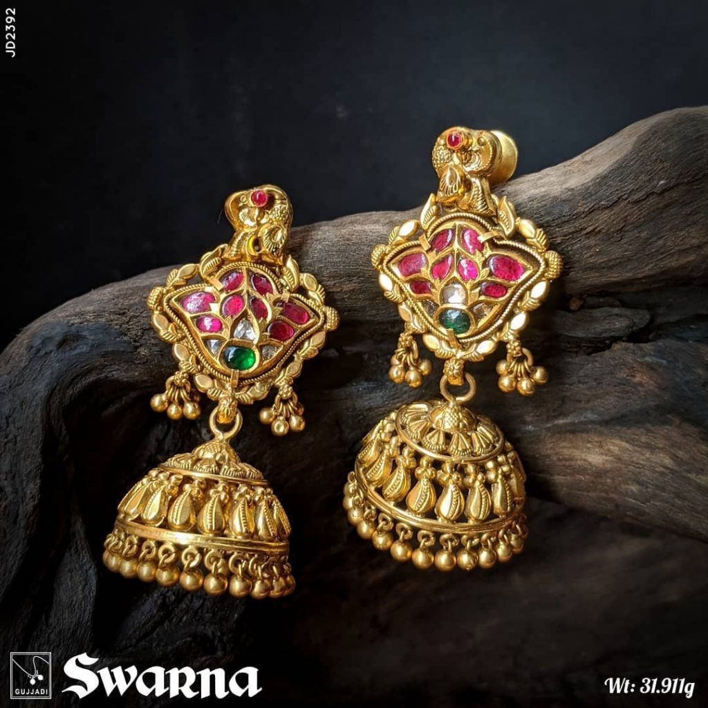 antique-gold-jhumka-designs-13