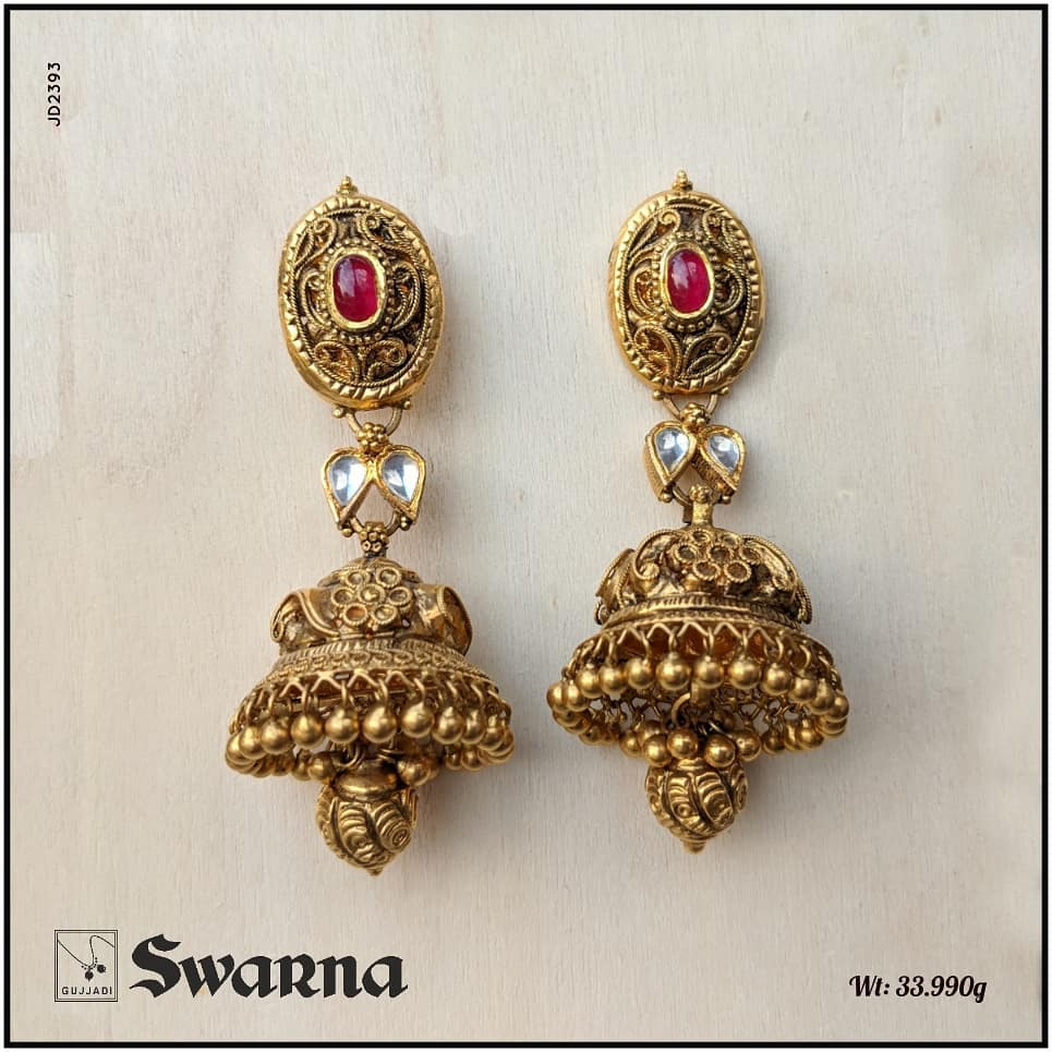 antique-gold-jhumka-designs-16